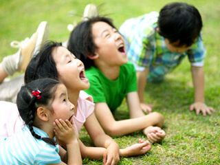 【保育士資格必須】西宮市☆9:00~18:00!人気の時間☆綺麗な園庭が魅力的な保育園です♪