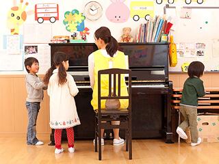 【無資格OK♪】加古郡播磨町☆車通勤OK☆放課後等デイサービス・児童発達支援施設でのお勤めです♪