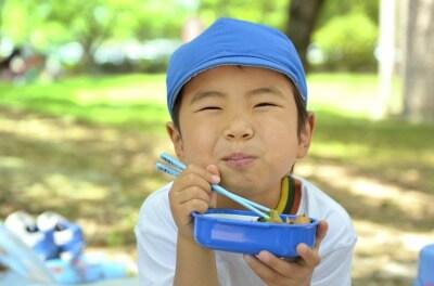 【吉川市・派遣】 アットホームな認可園 ★土日休みOK★ 残業なし♪ 幼児をお願いします☆
